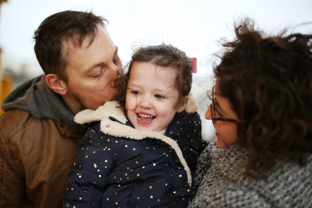 Séance photo famille Nantes urbaine avec « La danse de l'image »