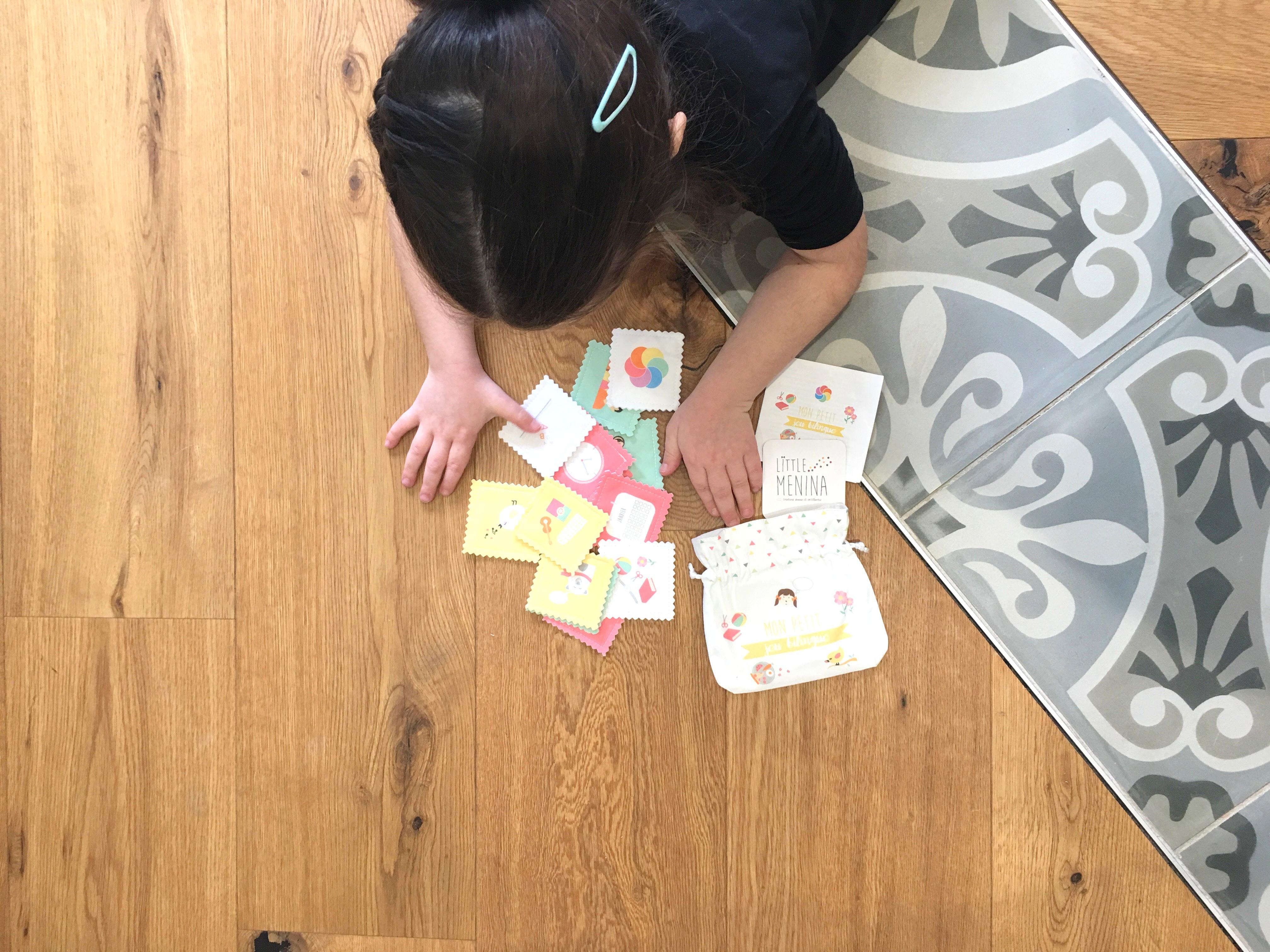 Mi juego bilingüe de Little Menina